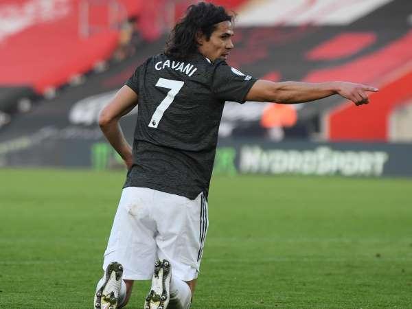 Bóng đá quốc tế 23/12: Cavani, Telles và Henderson đá chính trước Everton?