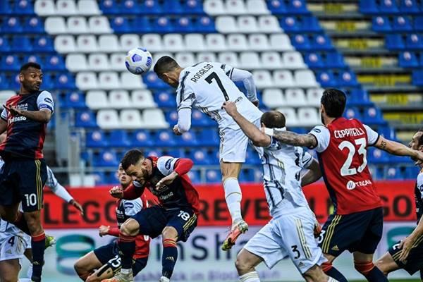 Bóng đá QT 15/3: Ronaldo lập hat-trick nhanh thứ hai trong sự nghiệp