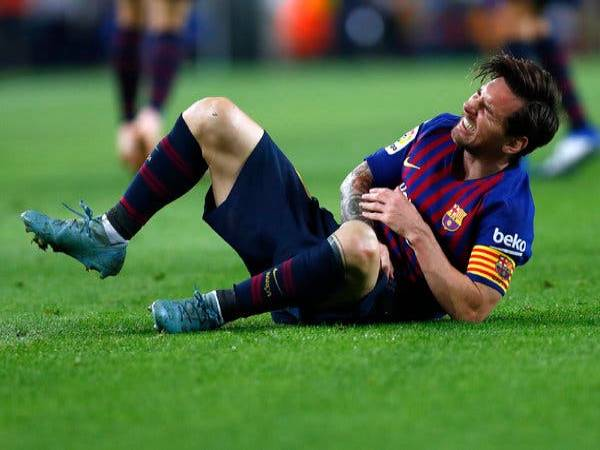 Những chấn thương trong bóng đá thường gặp, cách xử lý