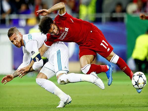 Bóng đá QT 2/4: Sergio Ramos lỡ cơ hội tái ngộ Mohamed Salah