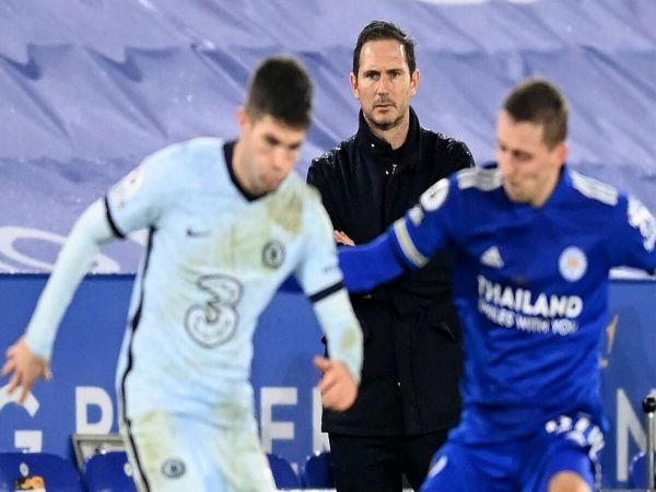 Điểm tin tối 15/4: Lampard có thể dẫn dắt đối thủ của Chelsea