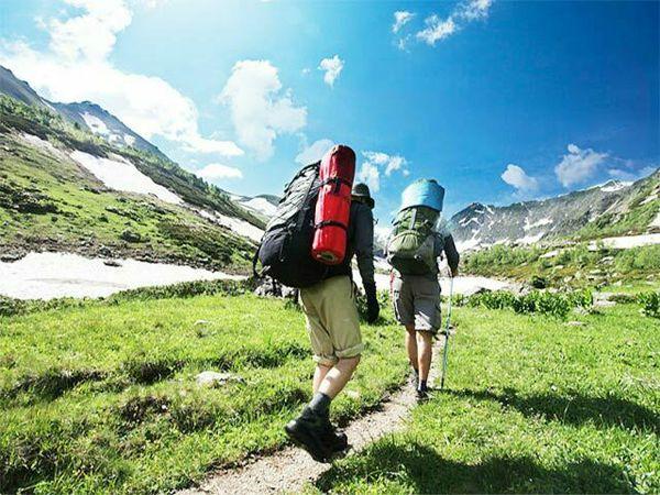 Mơ thấy leo núi là điềm tốt hay xấu? Đánh liền tay cặp số nào?